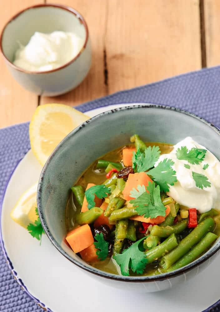 Süßkartoffel-Curry mit Bohnen