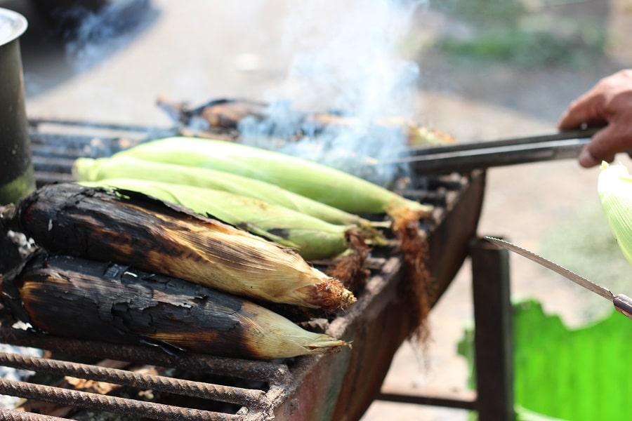 Maiskolben grillen geht leicht