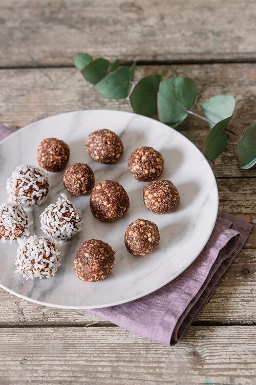 Rezept für Dattel-Karamell-Bällchen und Vorsätze für 2019