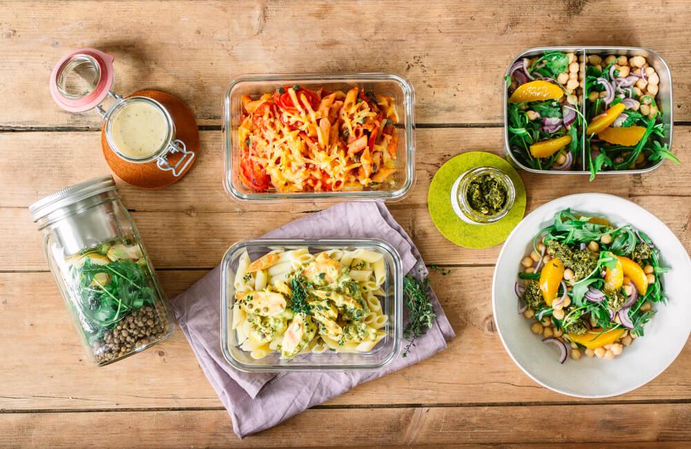 [Anzeige] Schnelle Mittagessen fürs Homeoffice – 3 Ideen für Salat, Pasta & Co.